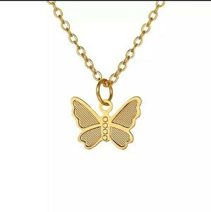 Jewelry - {NEW} Delicate Butterfly Gold Necklace